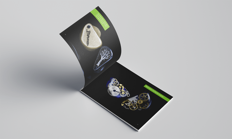 Projekt katalogu produktów Lime Ears - strona ze zdjęciami produktów na czarnym tle